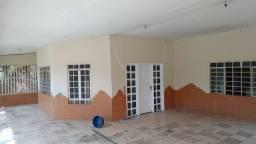 Casa Ampla terreno 25x30, casa 12 x24.