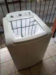 Título do anúncio: Máquina de lavar Electrolux turbo capacidade 12kg super conservada ZAP 988-540-491