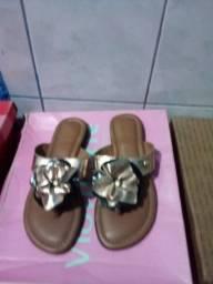 Título do anúncio: Chinelos Duanes e sapatos fresco pro verão!
