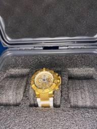 Relógio invicto