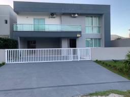 Título do anúncio: Sobrado à venda, Atami Norte, 4 dormitórios, sendo 2 suítes, com piscina, Pontal do Paraná