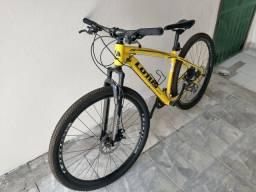 Título do anúncio: Vendo Bike Shymano 3.000$, Com Peças Adaptada pra Pista, Com todos os Acessórios!