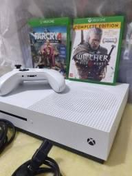 Título do anúncio: Xbox One S 1TB - Completo - 2 Jogos