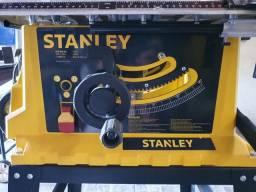 Serra de Bancada Stanley 1800W, pouquíssimo usada.