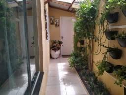 Título do anúncio: Casa no Jardim Estoril, com 4 dormitórios, 1 suíte,