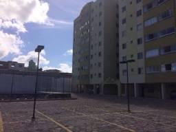 Apartamento de 3 quartos em condomínio fechado com infraestrutura.