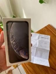 Título do anúncio: IPhone XR 64gb Branco lacrado! / Aceito trocas apenas em iphones.