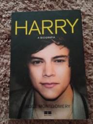 Título do anúncio: Livro Biografia do Harry Styles