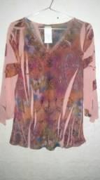 Título do anúncio: Duas blusas 1 tecido fino outra linha Tam M