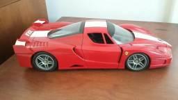 Miniatura Ferrari FXX, Hot Wheels, escala 1/18.