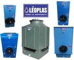 Torres de resfriamento de água, equipamentos de todas as capacidades