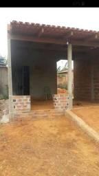 Vendo uma casa na bom Jesus1proxi mko a via s10