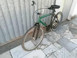 Vendo essa bicicleta e só comprar e anda