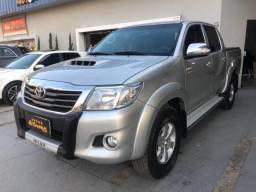 Toyota Hilux CD4x4 SRV - 2014