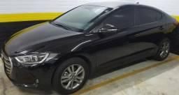 Vendo Hyundai Elantra Preto em Ótimo estado - 2017