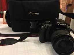 Canon T3 + Gadget Bag
