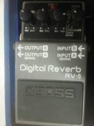 Pedal Reverb RV5 BOSS