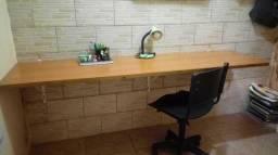 Mesa, Cadeira, Lamparina e Kit