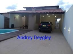 Excelente casa - area de lazer - Cond. fechado - Massagueira