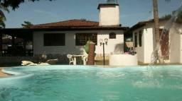 Alugo casa de veraneio em Jauá