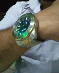 Vendo relógio top