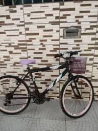 Vendo bicicleta baixei o valor por favor olha direito a foto