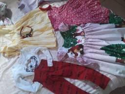 Lote de roupas de criança apartir de 3 anos