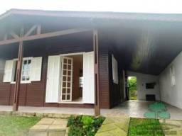 Aluga-se Casa de 02 quartos com pátio separado Bairro Casa Grande *Gramado*