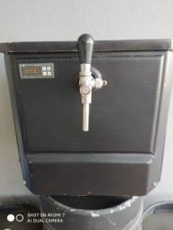 Chopeira elétrica 50 L/h + Extratora + Manômetro + 4 Barris