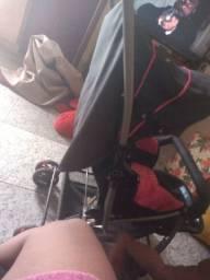 Vendo carrinho de neném