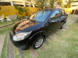 Fiesta Sedan 1.6 12/13 completo + couro (Extra)