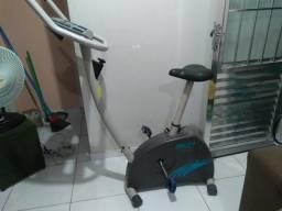 Vendo Bicicleta ergométrica Caloi