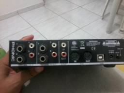 Placa de audio phonic