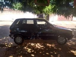 Uno 2004/2005 básico - 2004
