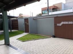 Casa 5/4 sendo 3 suítes alto padrão com localização privilegiada e excelente preço