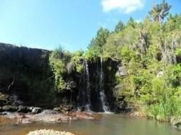 Chácara em Cambará do Sul com cascata