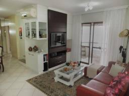 Apartamento à venda 3 quartos em andar alto com 3 vagas de garagem Centro Fpolis