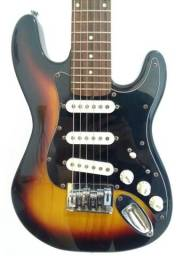 IMPERDÍVEL!! Mini guitarra e amplificador