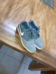 Tênis Nike SB - Tamanho 40.