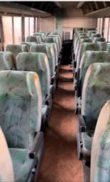Bancada de ônibus de turismo