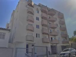 Apartamento bem localizado bairro Coqueiros para alugar de 2 dormitórios com garagem
