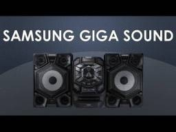 Mini System Samsung com MP3, Duplo USB, Entrada Auxiliar, Giga Sound 200 W