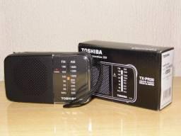 Radio Toshiba am/fm pequeno fantastico novo na caixa entregamos em Poa-rs