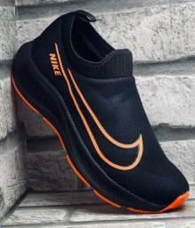 Título do anúncio: Tênis Nike meia. 38 ao 43.