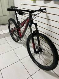 Título do anúncio: Bike Full 29 carbono intense
