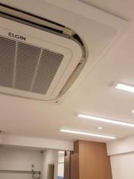 Ar condicionado Cassete 24000 Btus - 220 volts
