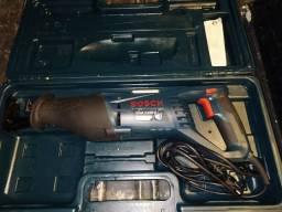 Título do anúncio: Serra Sabre Bosch GSA 1100 E 220 volts