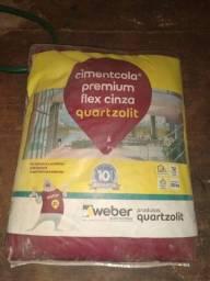 Título do anúncio: Argamassa Premium Flex Quartzolit e Rejunte Cerâmica