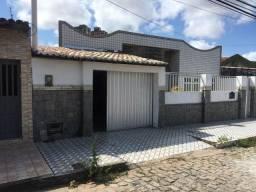 Título do anúncio: Casa com 4 dormitórios à venda por R$ 310.000 - Candelária - Natal/RN
