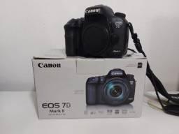 Título do anúncio: Camera Canon 7DMark II novíssima